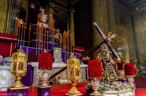 Besamanos Jesus con la Cruz al Hombro Joaquín Galán © 2019 005