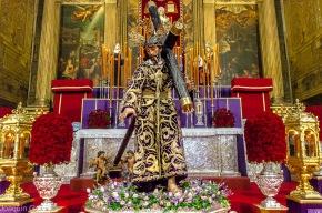 Besamanos Jesus con la Cruz al Hombro Joaquín Galán © 2019 007