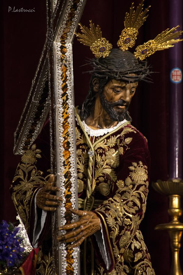 Besapiés Nazareno de la Hdad del Silencio PABLO LASTRUCCI (2)