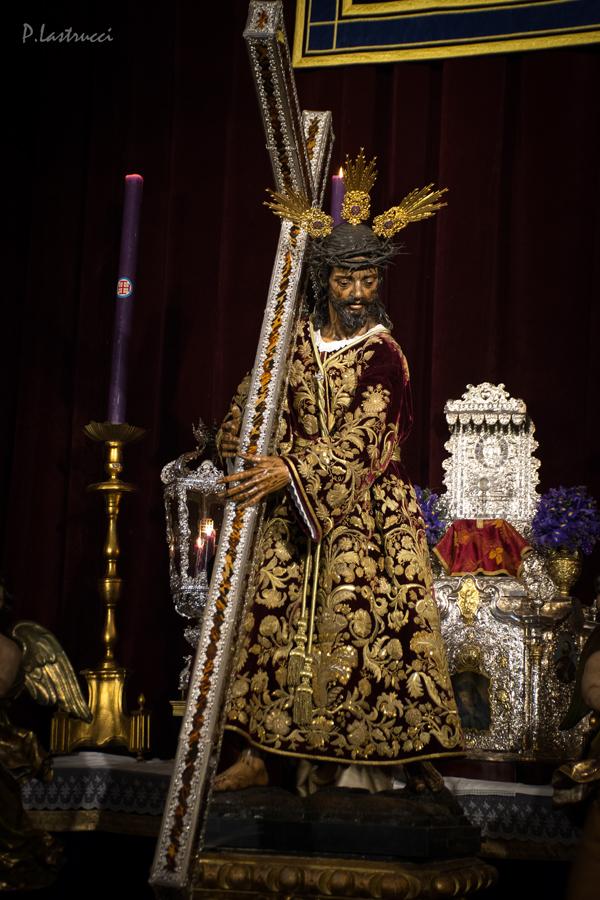 Besapiés Nazareno de la Hdad del Silencio PABLO LASTRUCCI (4)