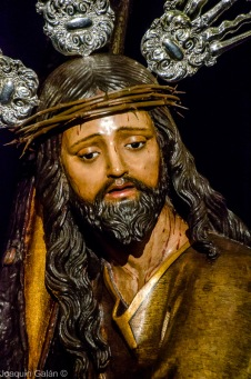 Besapie Cristo de La Corona Joaquín Galán © 2019 004