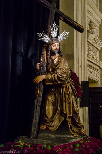 Besapie Cristo de La Corona Joaquín Galán © 2019 005